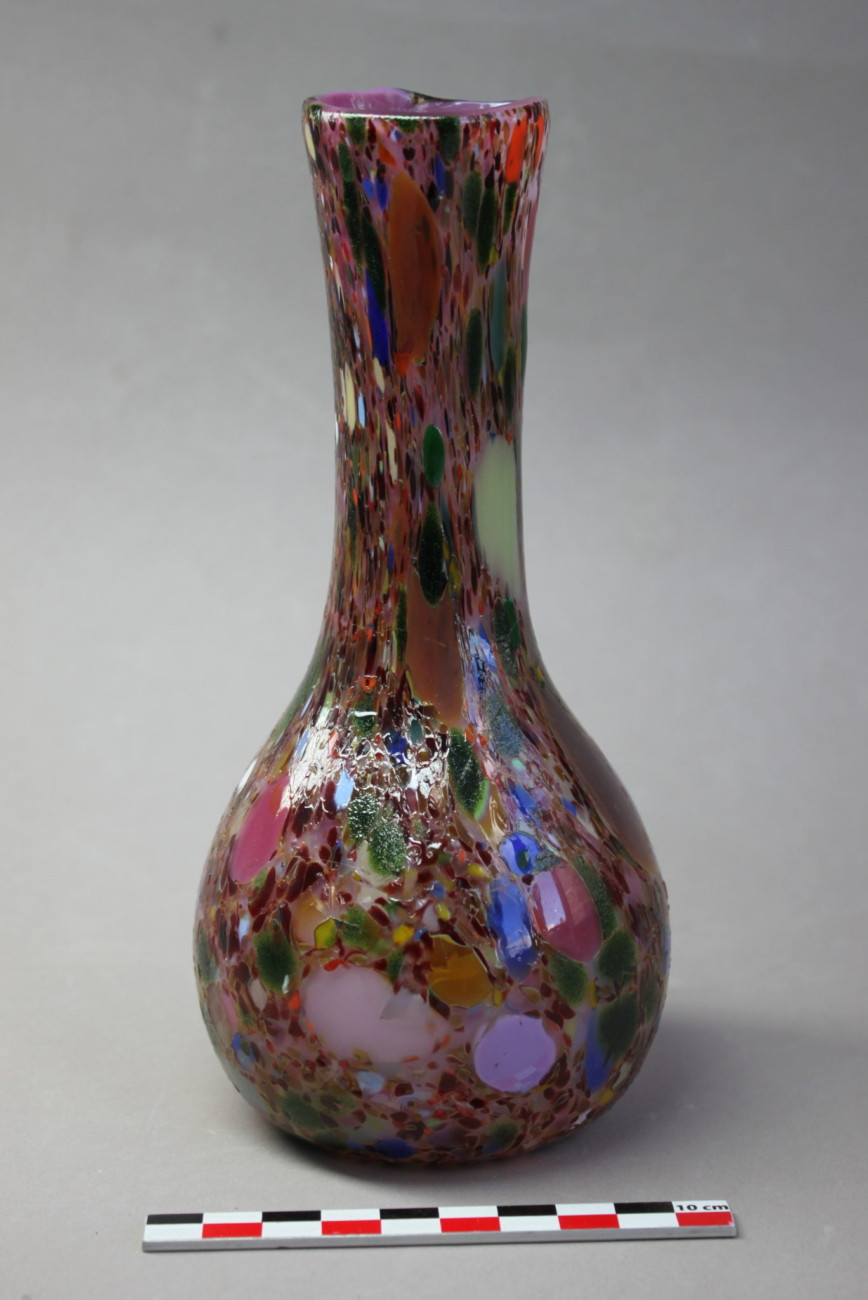Restauration d'un vase en verre soufflé