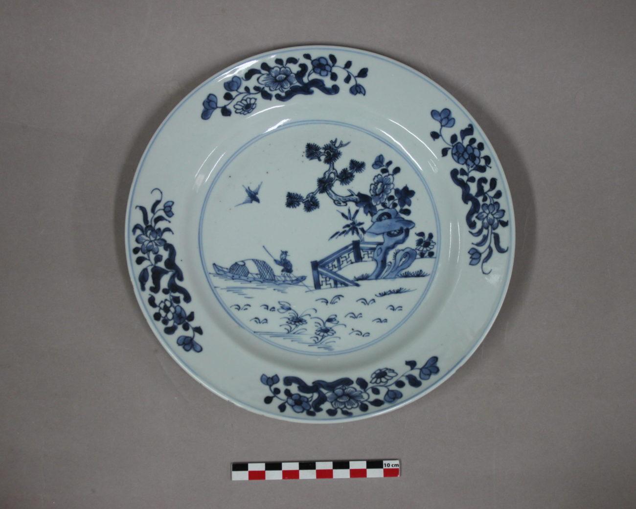 Restauration d'une assiette en porcelaine de Chine, 18ème (?)