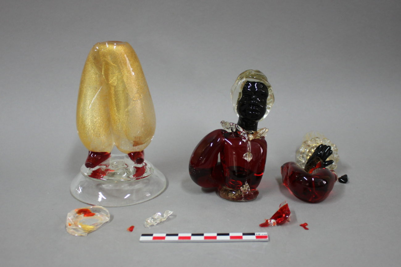 Restauration d'un bougeoir ancien en cristal de Murano représentant un maure